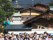 Crowds watching marionettes, Spring Festival, Takayama, Gifu-ken, Japan, photo