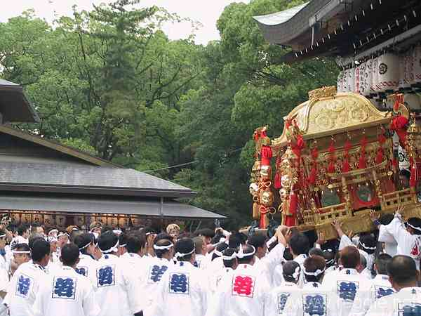 Portable shrine descends, Yasaka shrine, Kyoto, Japan, photo
