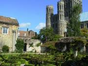 Gardens, Ely Cathedral, Ely, Cambs, England, photo