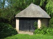 Thatched hut, Hadstock, Essex, England, photo