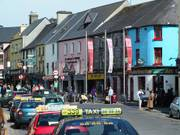 Colourful Quay Street, Galway City, Irelandの写真