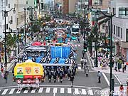 Street full of floats, Nebuta Festival, Aomori, Japan, photo